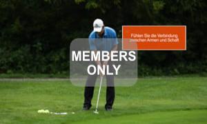 Ausgestellte Zeigefinger - Golf - Chippen - Der ideale Treffmoment gezielt trainiert von Christian Neumaier
